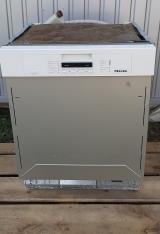 Встроенная посудомоечная машина б/у Miele G 5400 Sci